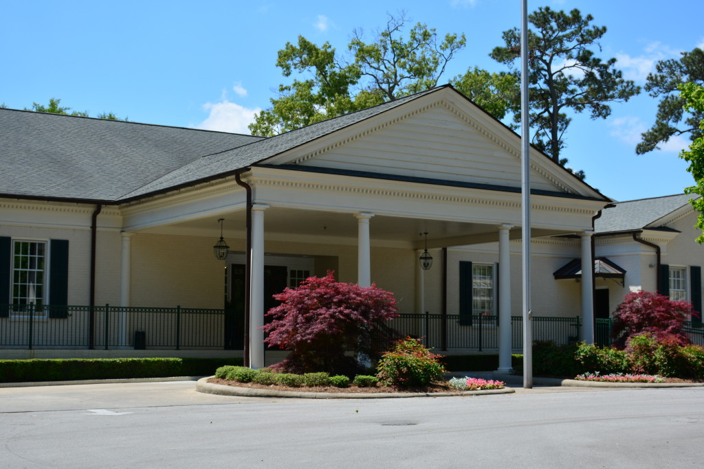 New Bern Country Club entry